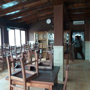 Vând casa, spatiu comercial amenajat restaurant cu terasa, in Simeria